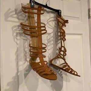 9c09883438b9 betani. Pocahontas sandals